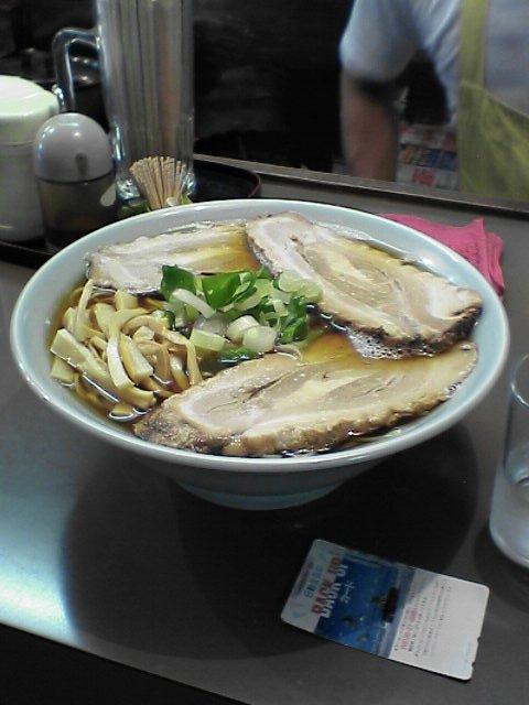 金沢市のラーメン店 ラーメン特大
